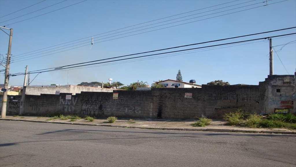 Terreno em Mogi das Cruzes, no bairro Braz Cubas