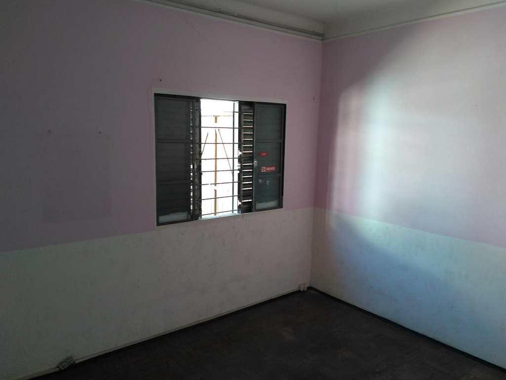Casa em Mogi das Cruzes, no bairro Vila Mogilar