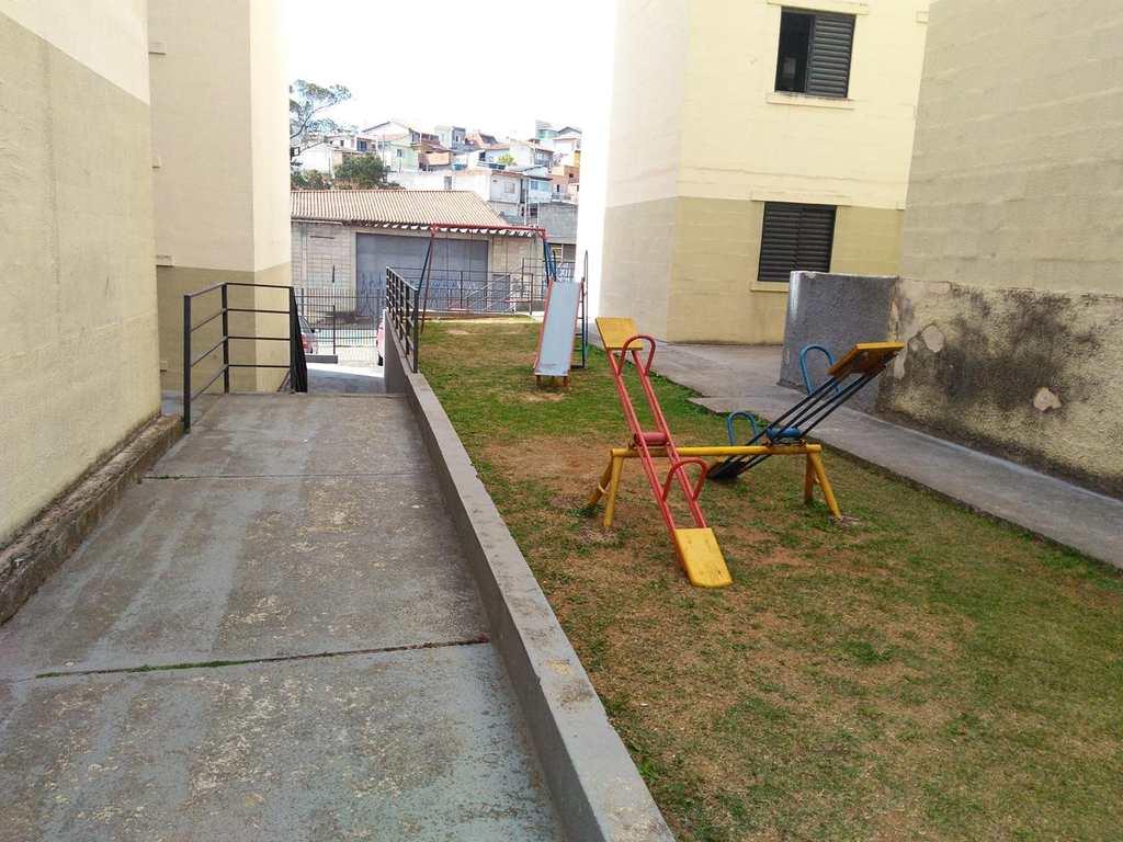 Apartamento em Mogi das Cruzes, no bairro Jardim Cintia