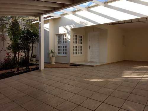 Casa, código 1254 em Mogi das Cruzes, bairro Vila Oliveira