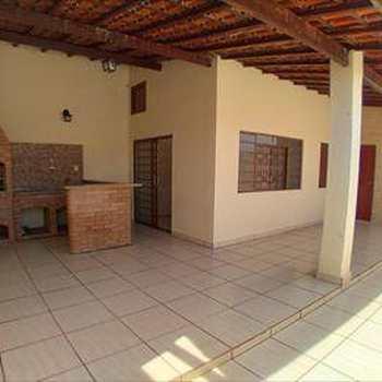Casa em Monte Mor, bairro Vila Magal