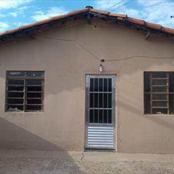 Casa em Monte Mor, bairro Popular Velha