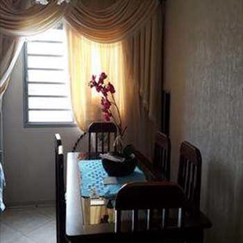 Apartamento em Monte Mor, bairro Jardim Bom Jesus