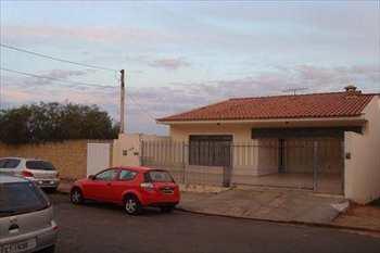 Sobrado, código 390 em Monte Mor, bairro Jardim Guanabara