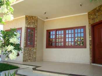 Casa, código 618 em Monte Mor, bairro Centro