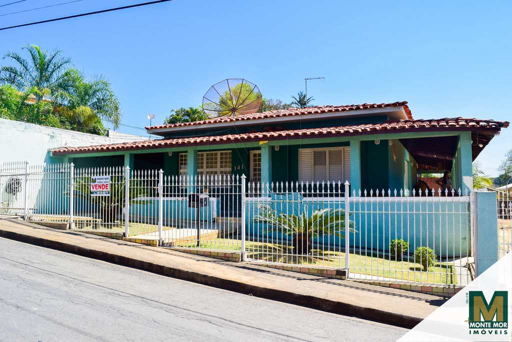 Casa em Monte Mor, no bairro Centro