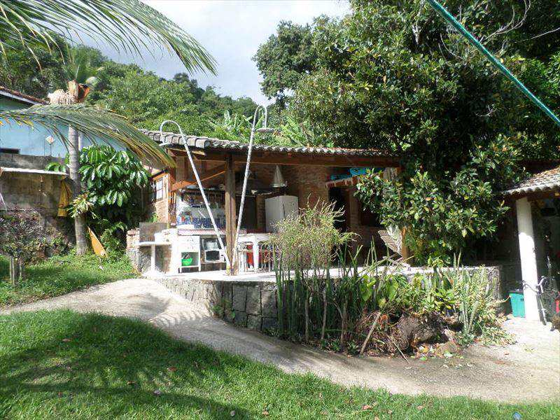 Casa em Ilhabela, no bairro Praia Grande