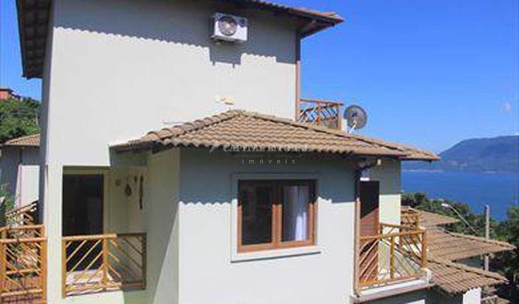 Casa em Ilhabela, bairro Curral