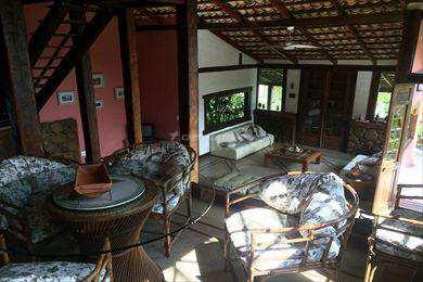 Casa em Ilhabela, no bairro Vila