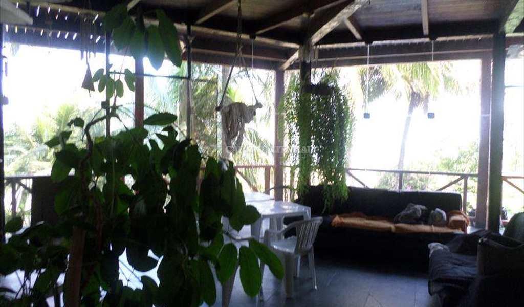 Casa em Ilhabela, bairro Itaguassu