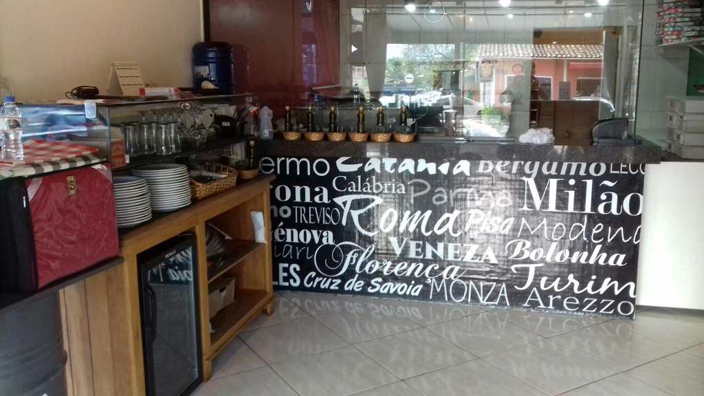 Conjunto Comercial em Ilhabela, bairro Perequê