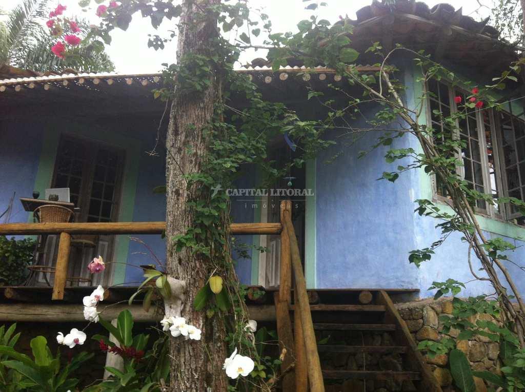 Casa em Ilhabela, no bairro Flechas