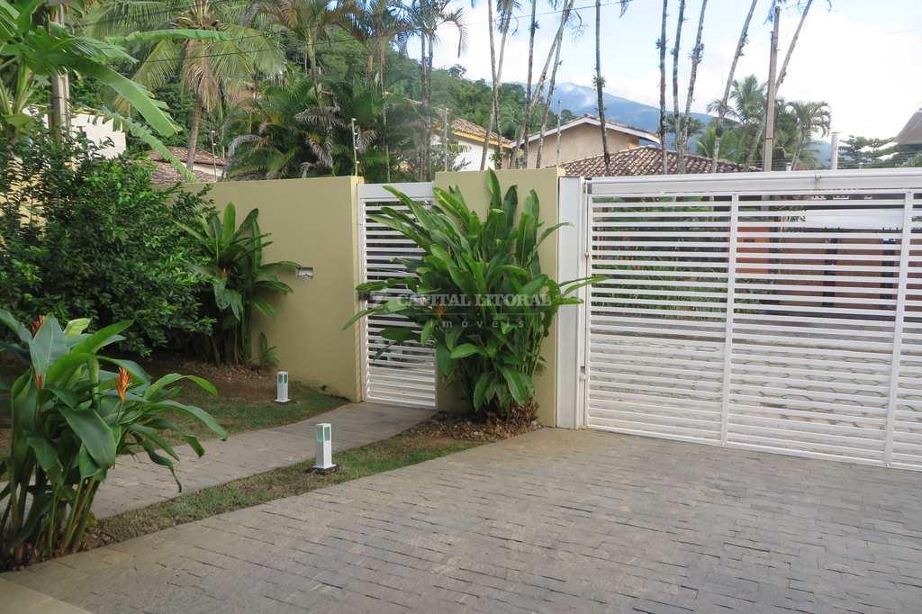 Casa em Ilhabela, no bairro Perequê