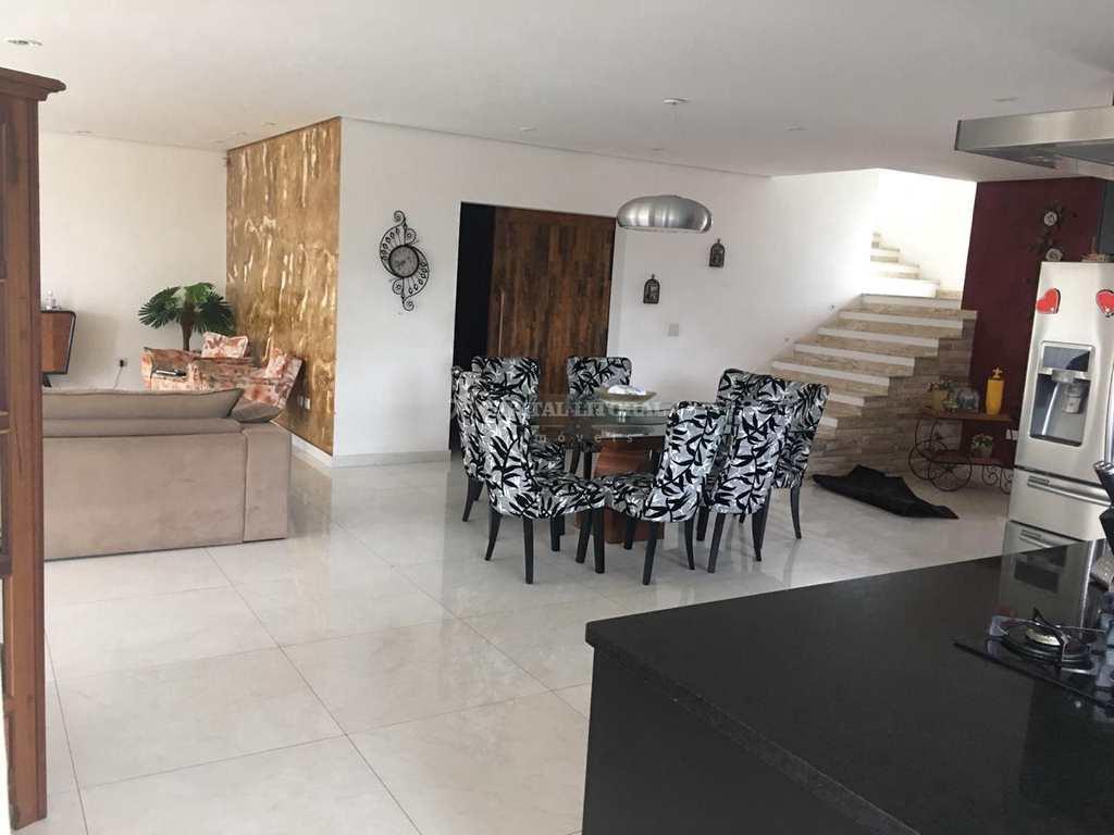 Casa em Ilhabela, no bairro Ribeirão