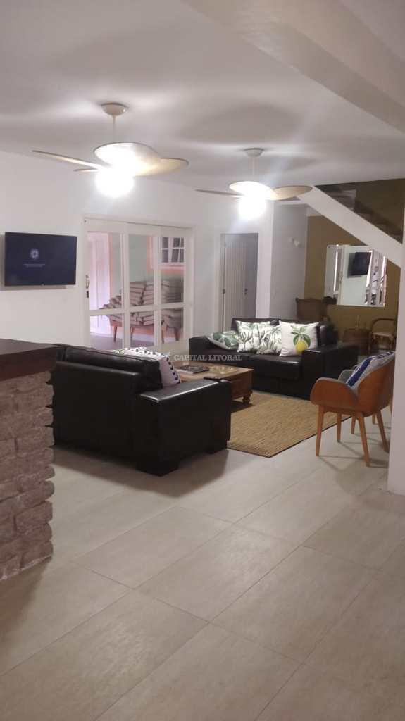 Casa em Ilhabela, no bairro Barra Velha