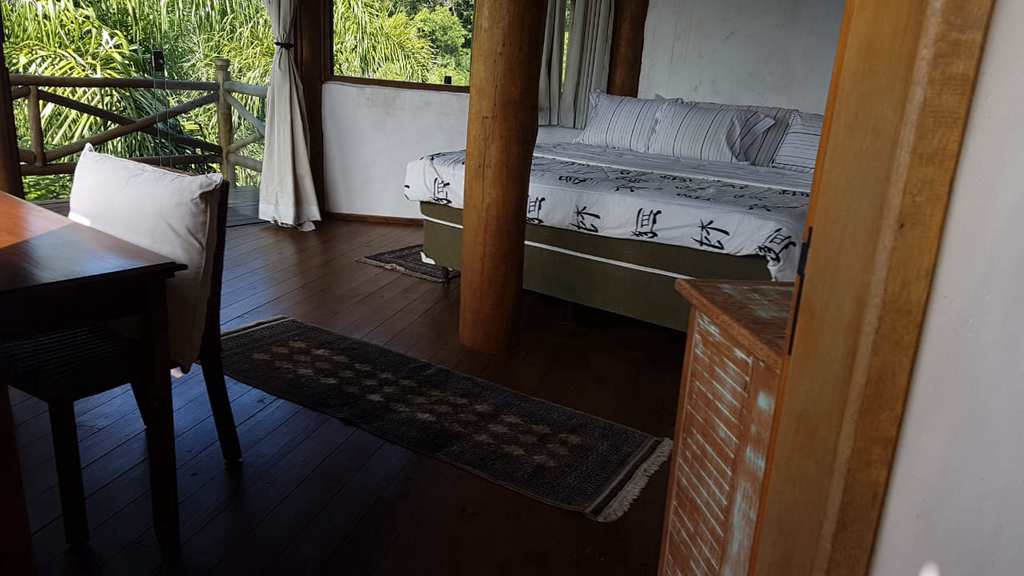 Casa em Ilhabela, no bairro Praia do Veloso
