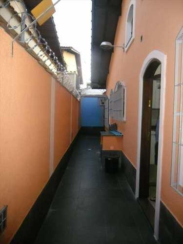 Casa, código 4665 em Cubatão, bairro Vila Ponte Nova