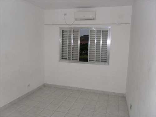 Apartamento, código 1260 em Cubatão, bairro Jardim Casqueiro