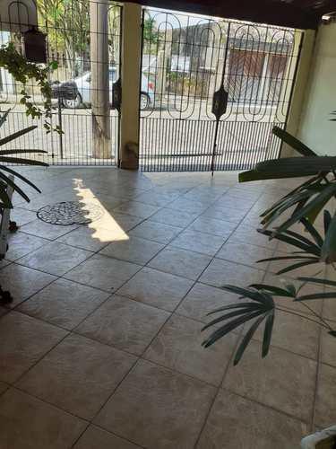 Casa, código 24662 em Cubatão, bairro Vila Ponte Nova