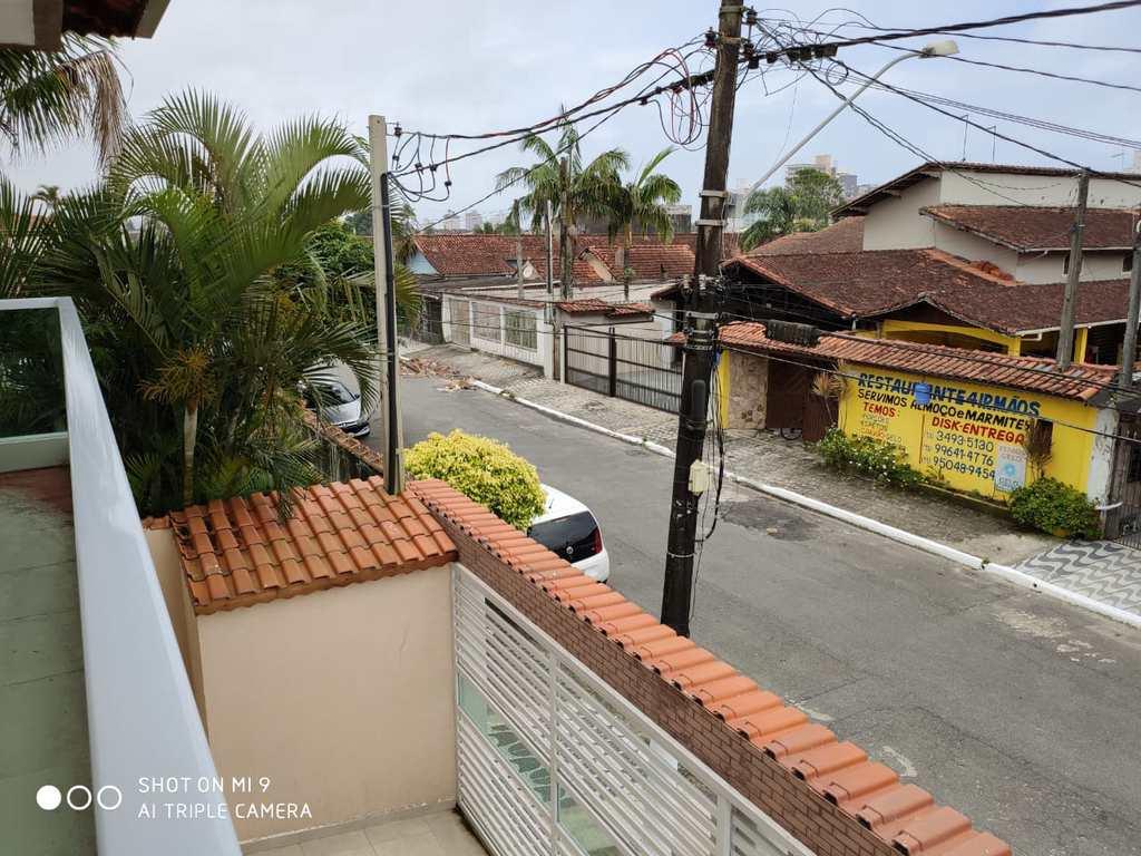Sobrado em Praia Grande, no bairro Real