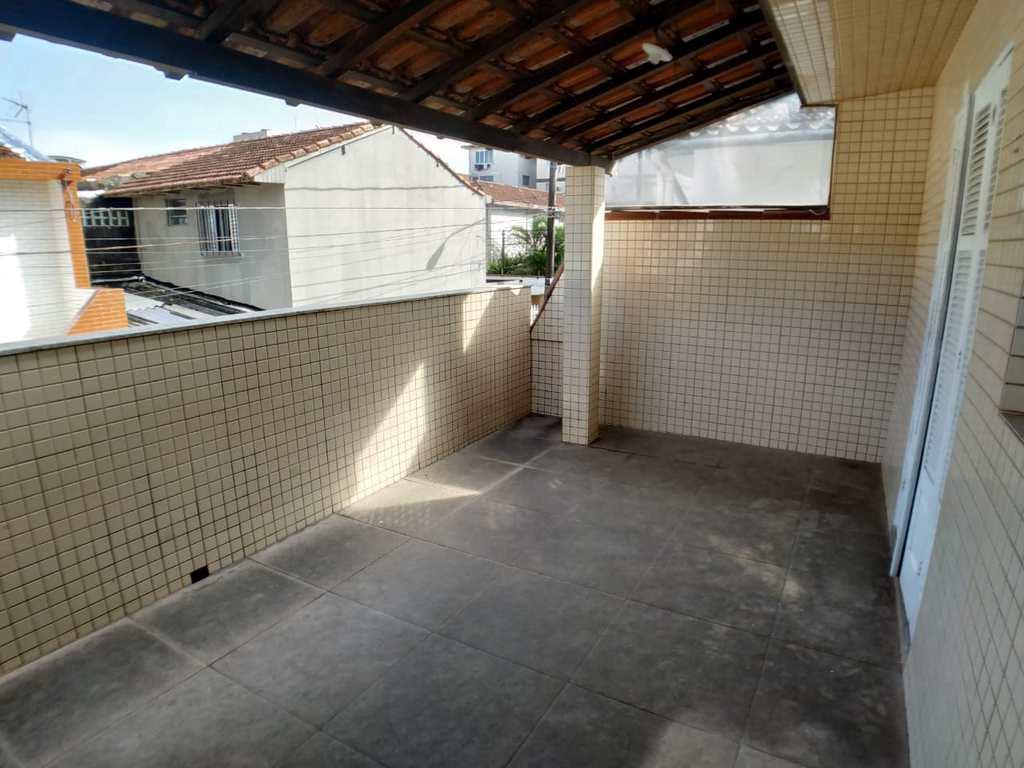 Sobrado em São Vicente, no bairro Vila São Jorge