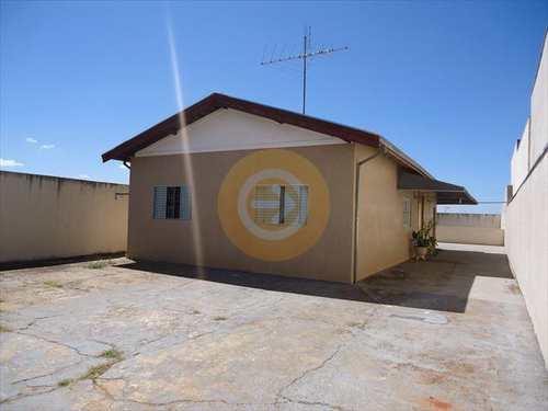 Casa, código 8398 em Bauru, bairro Vila Industrial