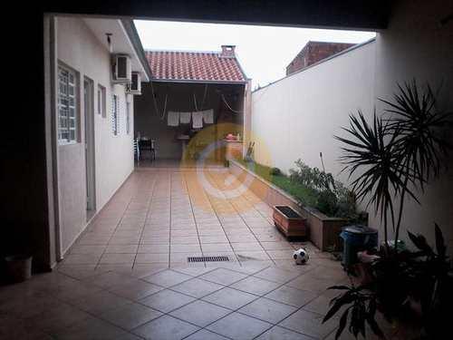 Casa, código 8115 em Bauru, bairro Vila Industrial
