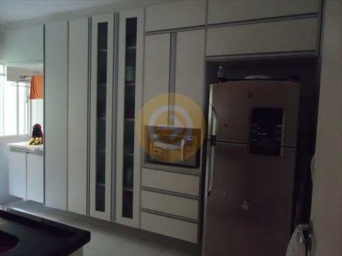 Apartamento, código 7971 em Bauru, bairro Jardim Auri Verde