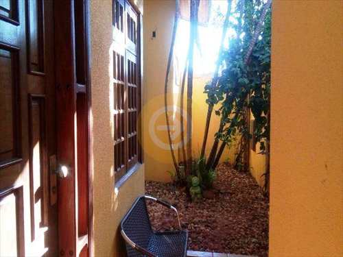Casa, código 7955 em Bauru, bairro Vila Industrial