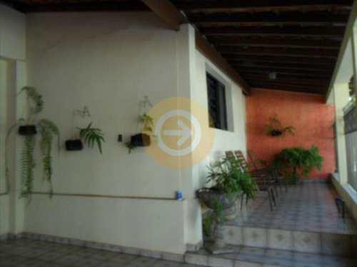 Casa, código 7516 em Bauru, bairro Centro