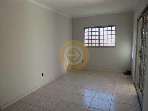 Casa, código 6795 em Bauru, bairro Vila Industrial