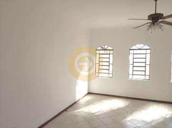 Casa, código 4917 em Bauru, bairro Jardim Vânia Maria
