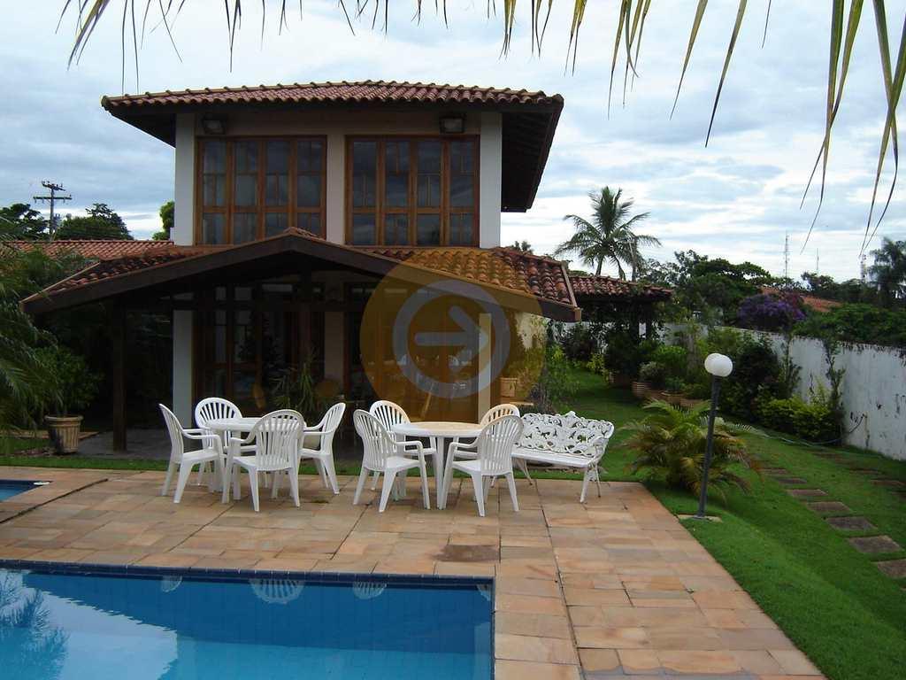Casa de Condomínio em Bauru, bairro Jardim Shangri-Lá
