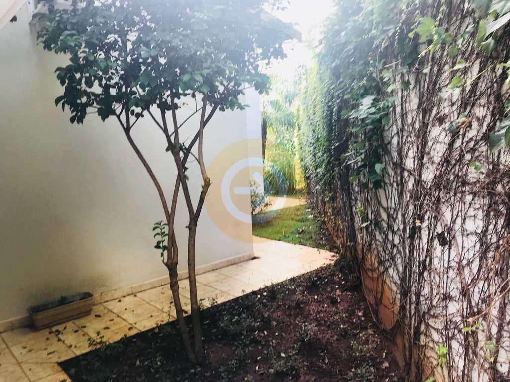 Casa em Bauru, bairro Jardim Colonial