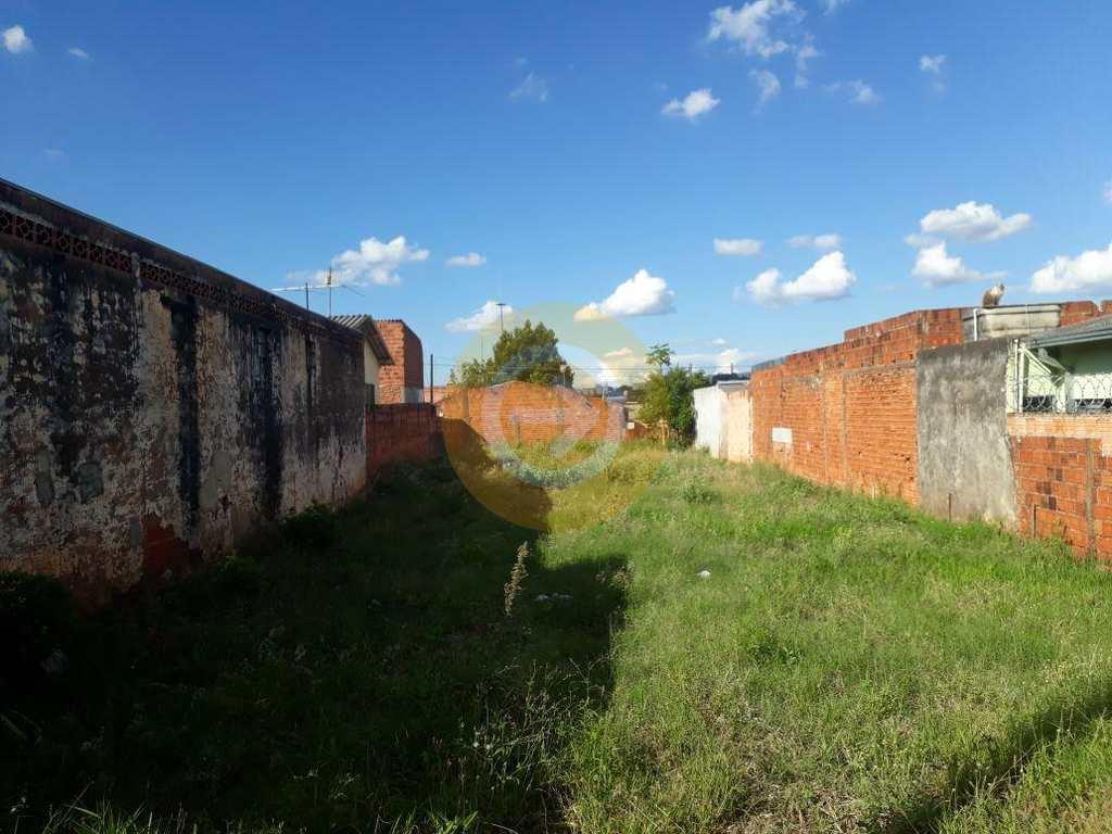 Terreno em Bauru, bairro Vila Garcia