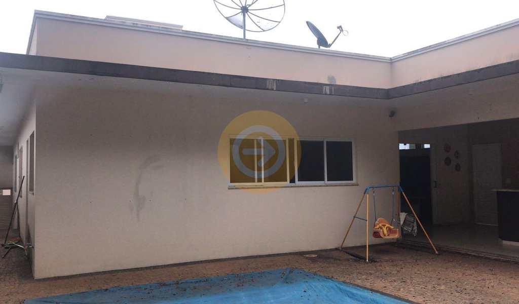 Casa de Condomínio em Bauru, bairro Chácaras Odete