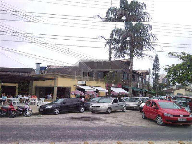 Área em Guarujá, no bairro Praia da Enseada