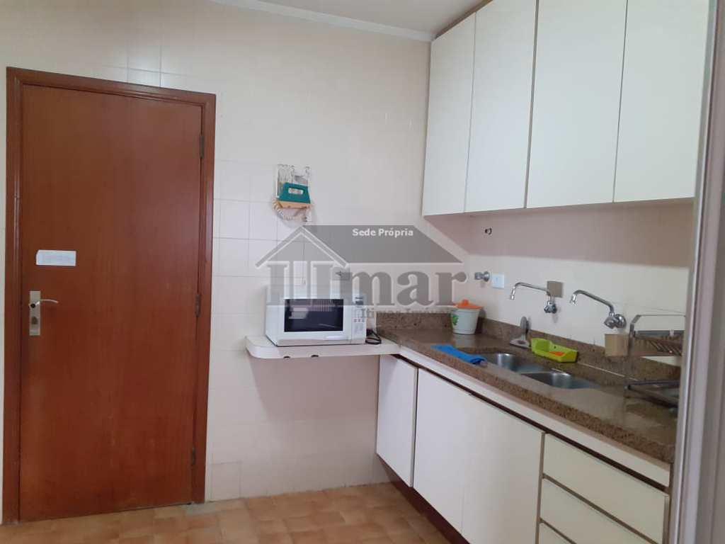 Apartamento em Guarujá, no bairro Praia das Pitangueiras