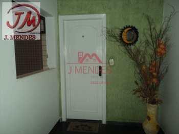 Apartamento, código 592 em Praia Grande, bairro Aviação