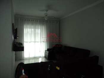 Apartamento, código 384 em Praia Grande, bairro Aviação