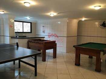 Apartamento, código 180 em Praia Grande, bairro Aviação