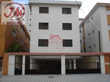 Apartamento, código 135 em Praia Grande, bairro Guilhermina