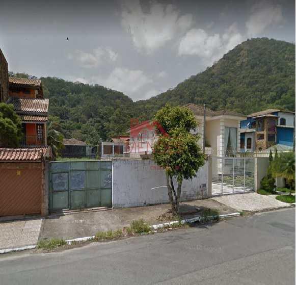 Terreno Industrial em Praia Grande, no bairro Canto do Forte