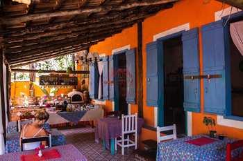 Conjunto Comercial, código 3602 em Ilhabela, bairro Centro