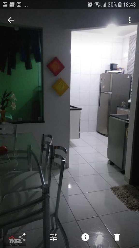 Sobrado de Condomínio em São Paulo, no bairro Itaquera