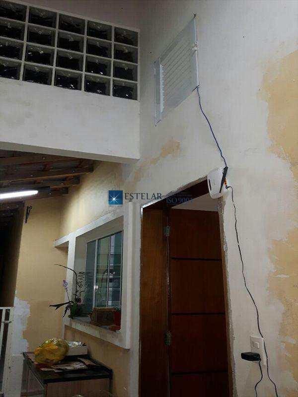 Casa em Mogi das Cruzes, no bairro Jardim Esperança