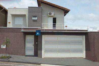 Sobrado, código 111027 em Mogi das Cruzes, bairro Vila Rei