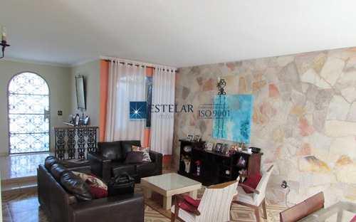 Casa, código 110904 em Mogi das Cruzes, bairro Vila Oliveira
