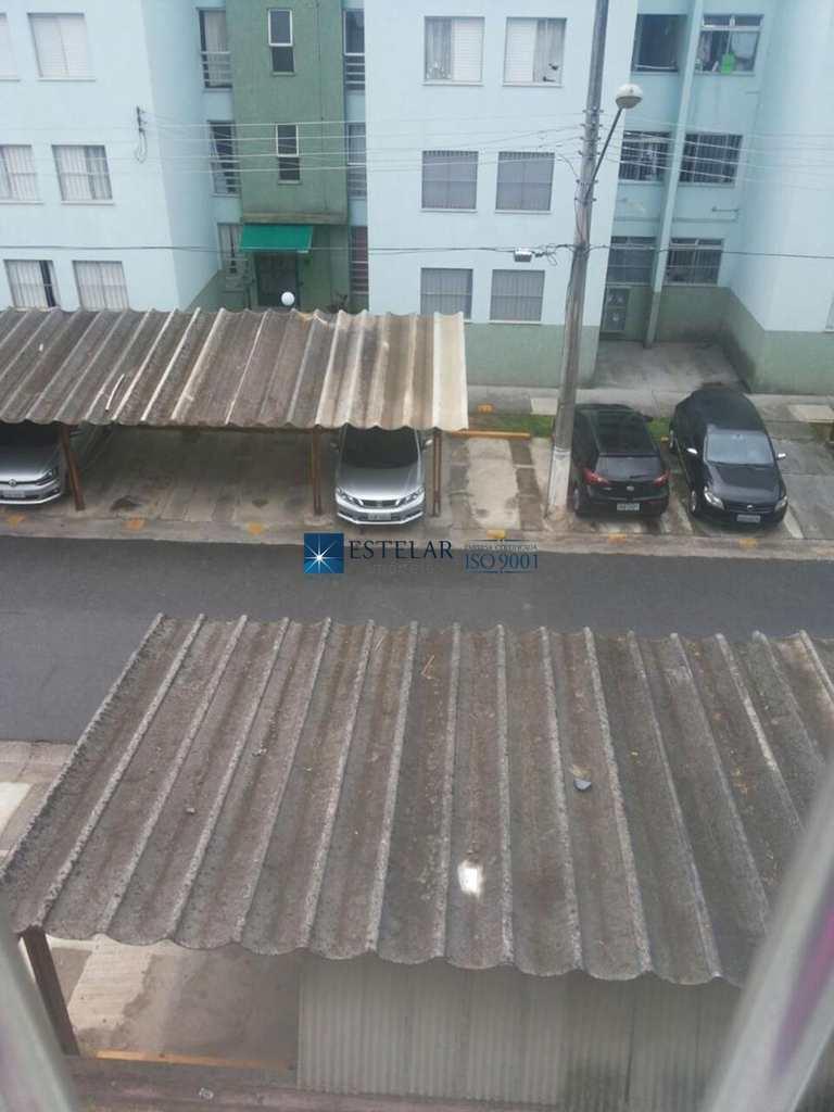 Apartamento em Mogi das Cruzes, bairro Jardim Marica