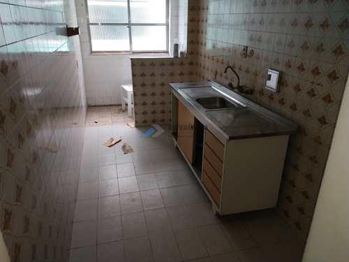 Apartamento, código 730 em Santos, bairro Macuco